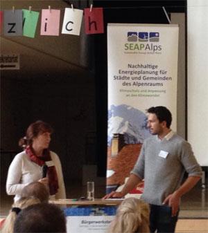 Bild: Ellen Esser und Stefan Drexlmeier (EWO) stellen das Projekt SEAP_Alps vor