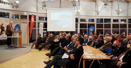 Das Jahresmotto erfolgreich umgesetzt. Energiewende Oberland feiert Stifterversammlung im Landratsamt Bad Tölz
