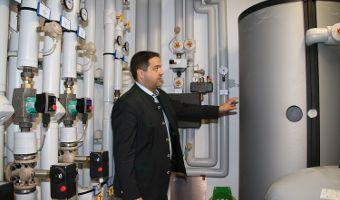 Praxisbeispiel: Energetische Optimierung im Rathaus Eurasburg