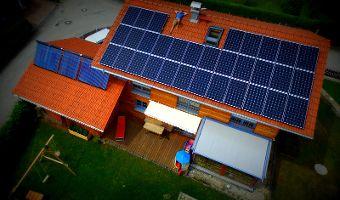 Energie und Kosten sparen mit Photovoltaik-Anlagen