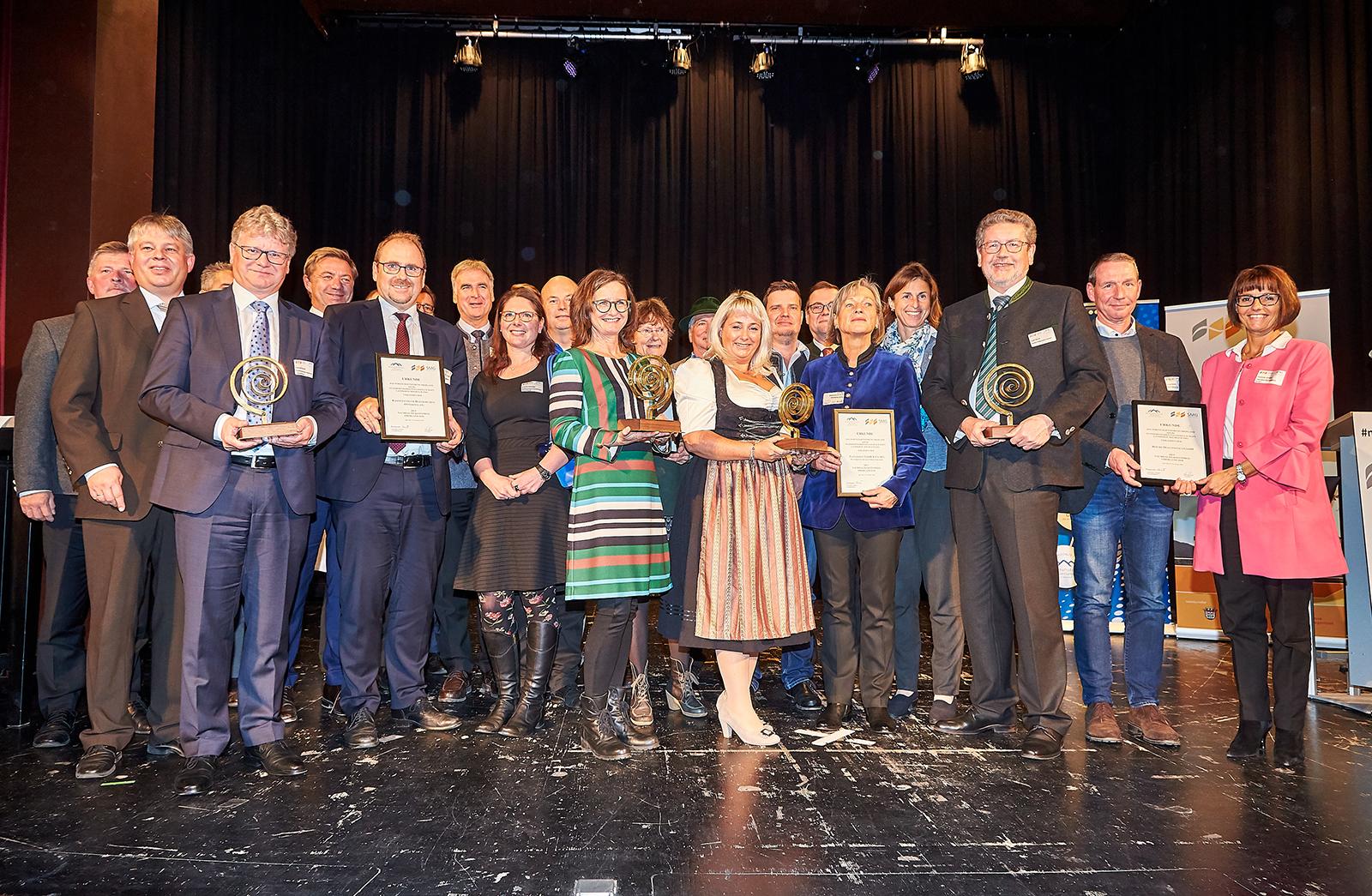 Die Preisträgerinnen und Preisträger der 9. Klausurtagung Nachhaltiges Wirtschaften | © Manfred Neubauer