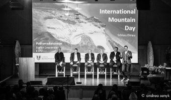 Über 200 Besucherinnen und Besucher beim International Mountain Day in Schloss Elmau