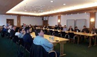 INOLA und Landkreis Miesbach stellen den druckfrischen Leitfaden zur Energieeffizienten Bauleitplanung vor